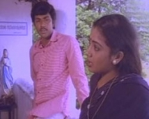 https://tamil.filmibeat.com/img/2008/09/Sathyaraj-Rekha-250_22092008.jpg