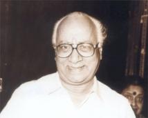 https://tamil.filmibeat.com/img/2008/10/Poornam-Viswanathan250_01102008.jpg