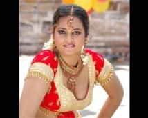 http://tamil.filmibeat.com/img/2008/10/suja250_08102008.jpg
