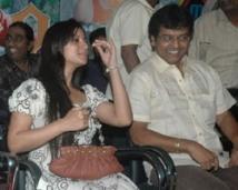 https://tamil.filmibeat.com/img/2008/10/vivek-kreethi-250_10102008.jpg