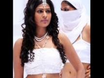 https://tamil.filmibeat.com/img/2009/03/07-vijayalakshmi1-200.jpg