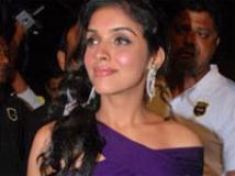 https://tamil.filmibeat.com/img/2009/03/24-asin03-200.jpg