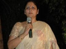 http://tamil.filmibeat.com/img/2009/04/30-jayasudha-200.jpg