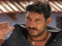 http://tamil.filmibeat.com/img/2009/06/10-tarun-gopi-200.jpg