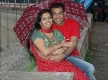 http://tamil.filmibeat.com/img/2009/12/19-gopika-akilesh1200.jpg