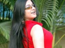 https://tamil.filmibeat.com/img/2010/01/16-keerthichawla200.jpg
