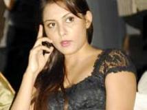 http://tamil.filmibeat.com/img/2010/08/27-madhu-shalini200.jpg