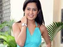 https://tamil.filmibeat.com/img/2010/10/17-disha-pandey200.jpg
