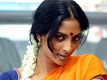 http://tamil.filmibeat.com/img/2011/03/13-shriya-reddy200.jpg