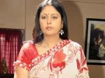 http://tamil.filmibeat.com/img/2011/06/16-jayasudha300.jpg
