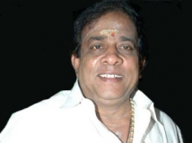 http://tamil.filmibeat.com/img/2011/10/10-singamuthu-300.jpg