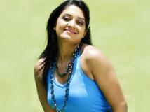 https://tamil.filmibeat.com/img/2011/11/26-vimala-raman44-300.jpg