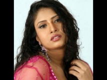 http://tamil.filmibeat.com/img/2012/01/26-sanghavi.jpeg
