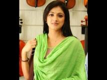 https://tamil.filmibeat.com/img/2012/05/17-haripriya-300.jpg