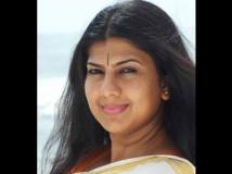 http://tamil.filmibeat.com/img/2012/05/23-swarnamalya-300.jpg
