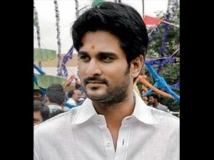 https://tamil.filmibeat.com/img/2012/09/29-richard2-300.jpg