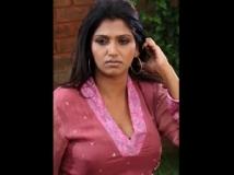 https://tamil.filmibeat.com/img/2012/12/29-bhuvaneswari9-300.jpg