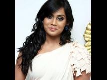 http://tamil.filmibeat.com/img/2013/06/09-tulasi-nair-8-600.jpg