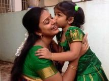 https://tamil.filmibeat.com/img/2014/01/09-latha-rao-629600.jpg