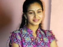 https://tamil.filmibeat.com/img/2014/08/26-abinaya83-600.jpg