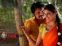 http://tamil.filmibeat.com/img/2014/09/01-kanniyum-kalayum-sema-kadhal2-600.jpg
