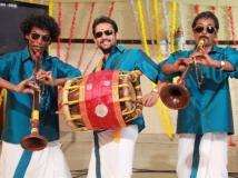 https://tamil.filmibeat.com/img/2015/01/06-1420546005-ivanuku-thannila-gandam-s11.jpg