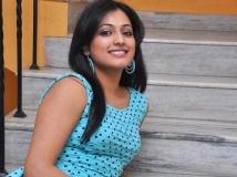 https://tamil.filmibeat.com/img/2015/01/21-1421843104-haripriya1-600.jpg