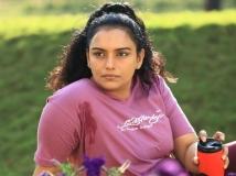 https://tamil.filmibeat.com/img/2015/04/11-1428746116-swetha-menon-1-600.jpg