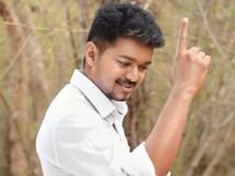 https://tamil.filmibeat.com/img/2015/05/13-1431519387-vijay754.jpg