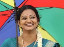 http://tamil.filmibeat.com/img/2015/06/10-1433911818-veyil-heroine-priyanka-nair.jpg