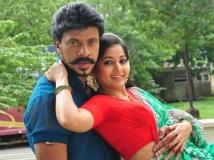 https://tamil.filmibeat.com/img/2015/08/16-1439719519-madurai-manikuravan67768.jpg