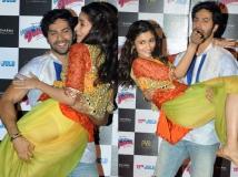http://tamil.filmibeat.com/img/2015/09/27-1443354484-alia-bhatt-varun-dhawan.jpg