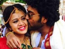 http://tamil.filmibeat.com/img/2016/03/11-1457670156-vj-anjana-married-chandran-600.jpg