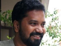 http://tamil.filmibeat.com/img/2016/03/17-1458196180-lens-awards-6660.jpg