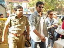 https://tamil.filmibeat.com/img/2016/06/22-1466574966-vijay-with-sathyyan-600.jpg