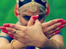 http://tamil.filmibeat.com/img/2017/02/nikhilavimal--600-21-1487658085.jpg