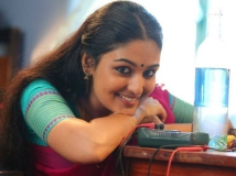 https://tamil.filmibeat.com/img/2017/03/prayagamartin2-21-1490087551.jpg