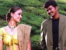 http://tamil.filmibeat.com/img/2017/05/22-1403420935-thullatha-manamum-thullum-6-13-1494676473.jpg