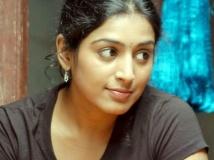 https://tamil.filmibeat.com/img/2017/08/padmariya-28-1503905620.jpg