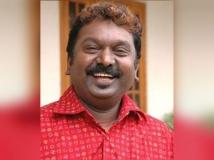 https://tamil.filmibeat.com/img/2017/08/sa-rajkumar23-23-1503474375.jpg