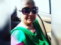 http://tamil.filmibeat.com/img/2017/11/sona-mother-11-1510404786.jpg