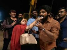 https://tamil.filmibeat.com/img/2018/01/gv-04-1515056733.jpg