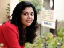http://tamil.filmibeat.com/img/2018/01/riythvika-04-1515065086.jpg