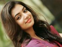 http://tamil.filmibeat.com/img/2018/03/nazriya-nazim111-1522210460.jpg