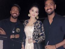 http://tamil.filmibeat.com/img/2018/04/hardik-1524660520.jpg