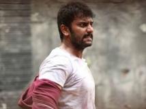 http://tamil.filmibeat.com/img/2018/05/iravukkuaayiramkangal5-1526111357.jpg