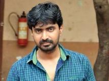 http://tamil.filmibeat.com/img/2018/05/prajin-alone-1525778309.jpg