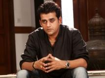 http://tamil.filmibeat.com/img/2018/06/03-1378200340-ravi-kishan-telugu-film-8-1528812895.jpg
