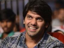 https://tamil.filmibeat.com/img/2018/07/aryaaugust-cinema-16-1516109028-1532846337.jpg