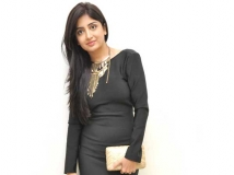 http://tamil.filmibeat.com/img/2018/07/poonam-kaur-643-1521125933-1532416788.jpg